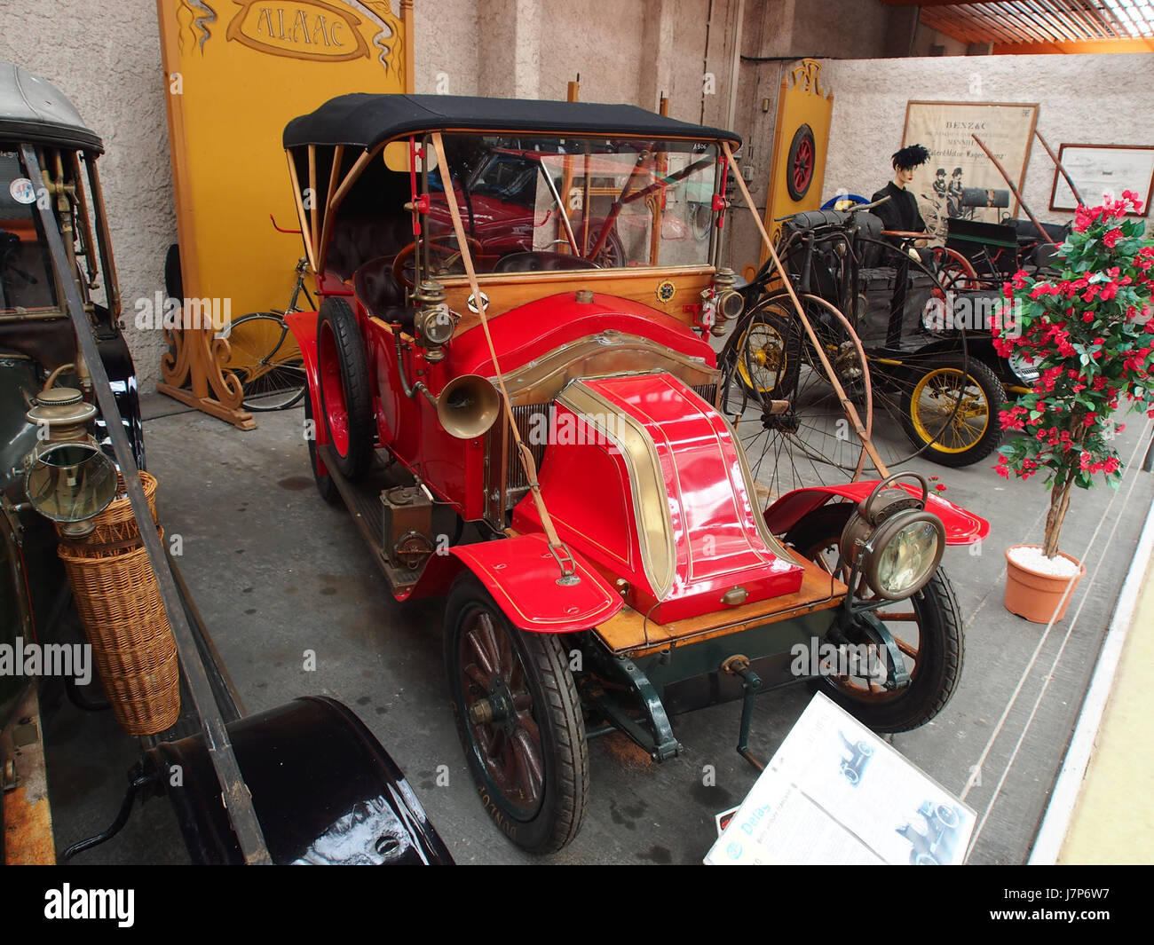1910 Renault AX, 2 cylinders, 1060 cm3, 6cv pic1 Stock Photo