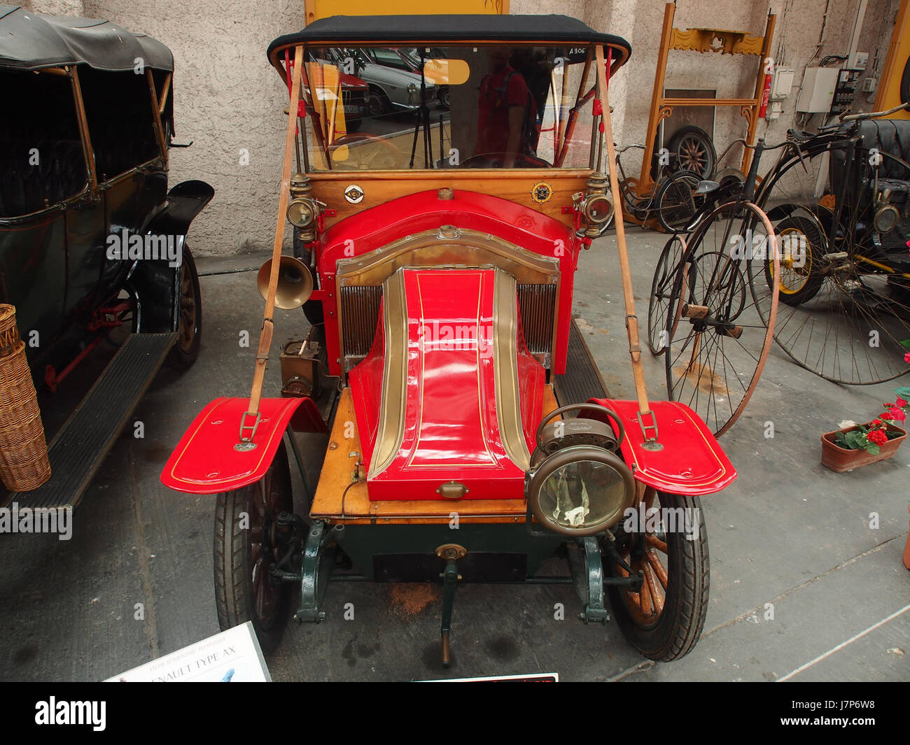 1910 Renault AX, 2 cylinders, 1060 cm3, 6cv pic2 Stock Photo