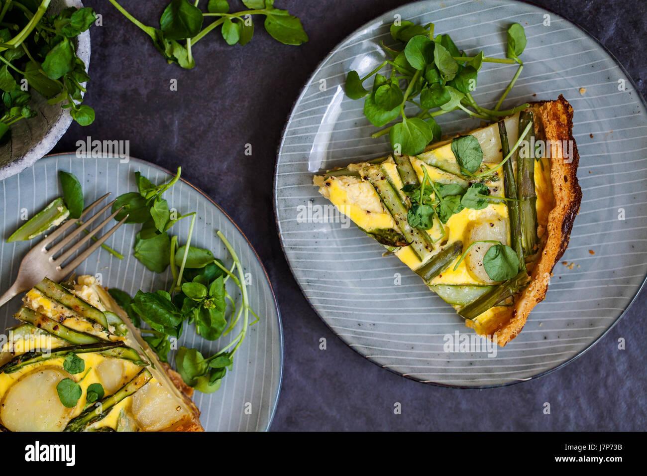 Asparagus and Jersey Royal potatoes tart - Stock Image