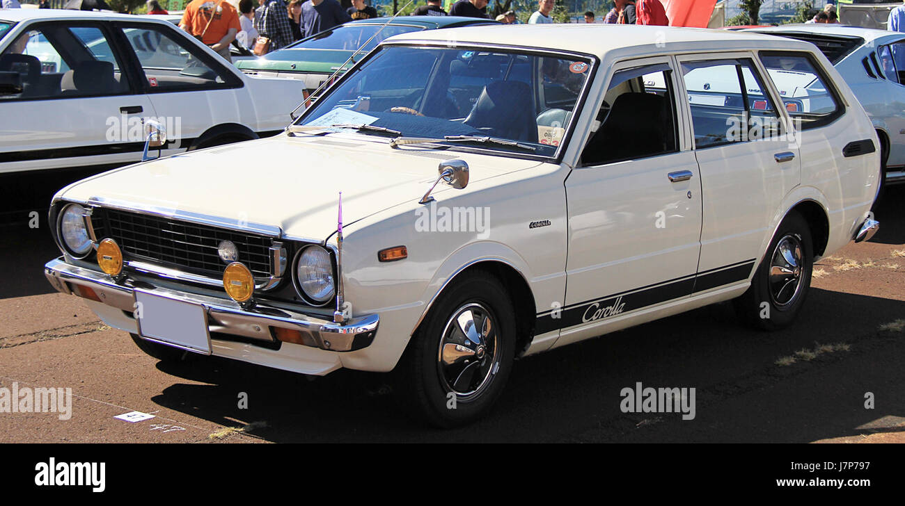 Old Toyota Corolla High Resolution Stock Photography And Images Alamy