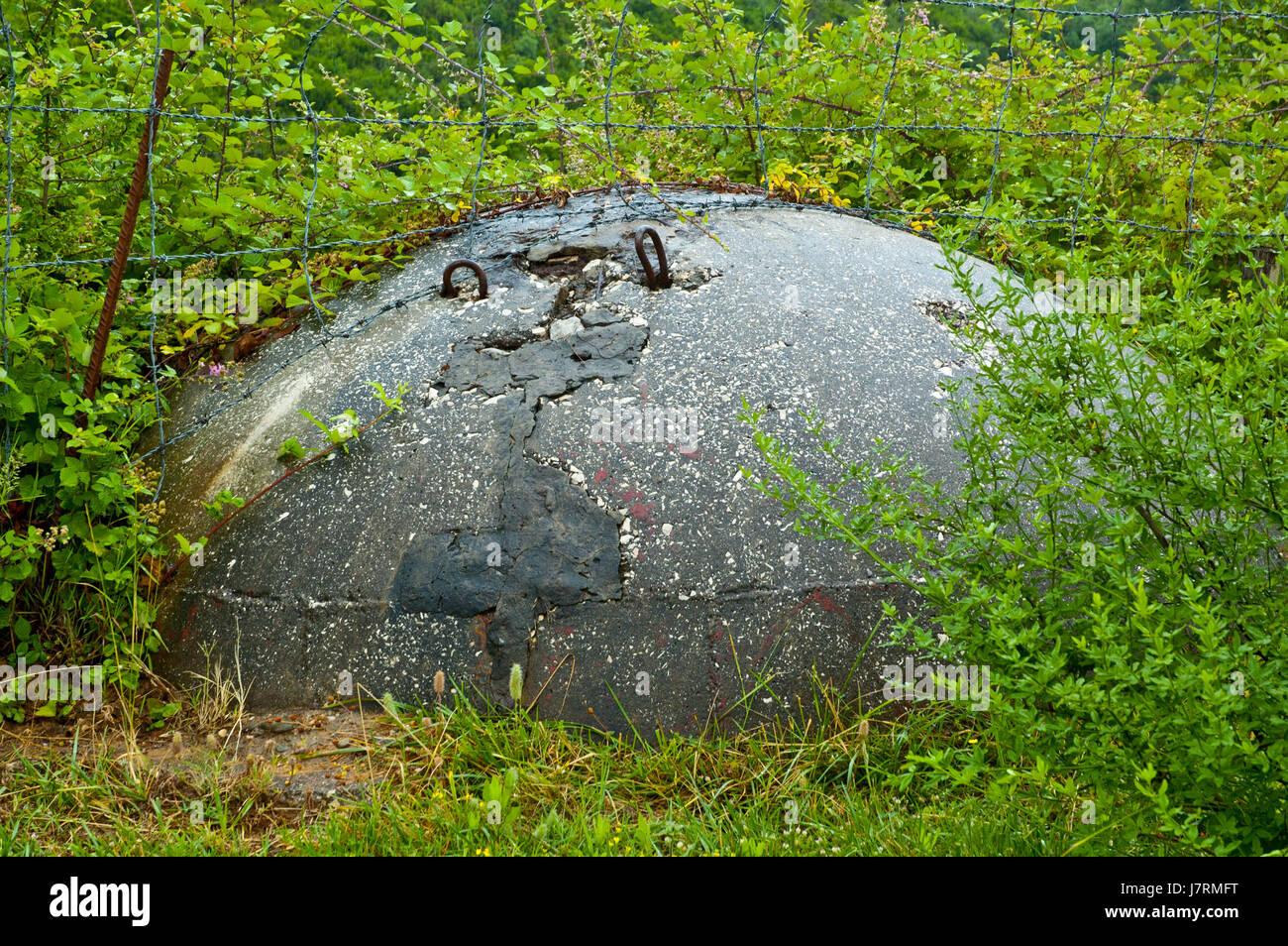 bunker concrete defence albania communism balkans concrete bunker tirana - Stock Image