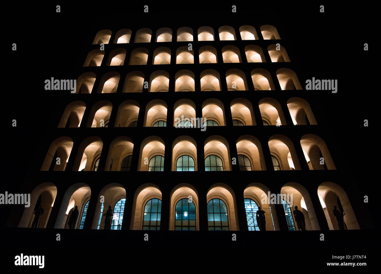 A night photography of Palazzo della Civiltà Romana, also called 'Colosseo Quadrato' - Stock Image