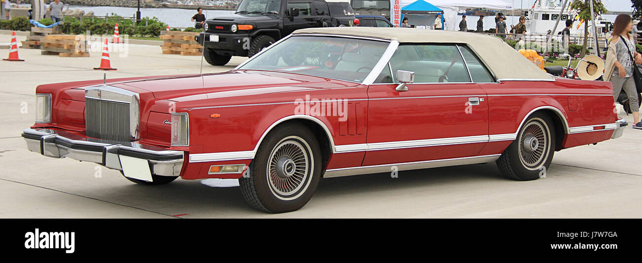 1978 Lincoln Continental Stock Photo: 142540282 - Alamy