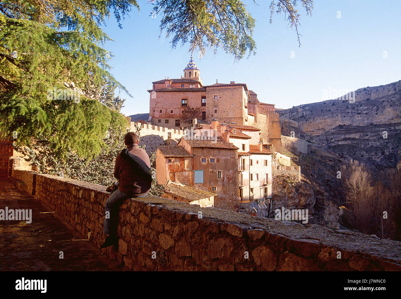 Man at the viewpoint. Albarracin, Teruel province, Aragon, Spain. - Stock Image