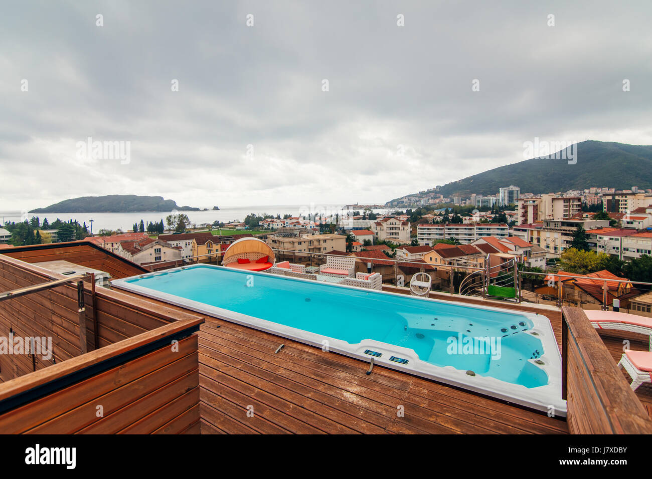Swimming Pool On The Roof Of A House Stock Photo Alamy