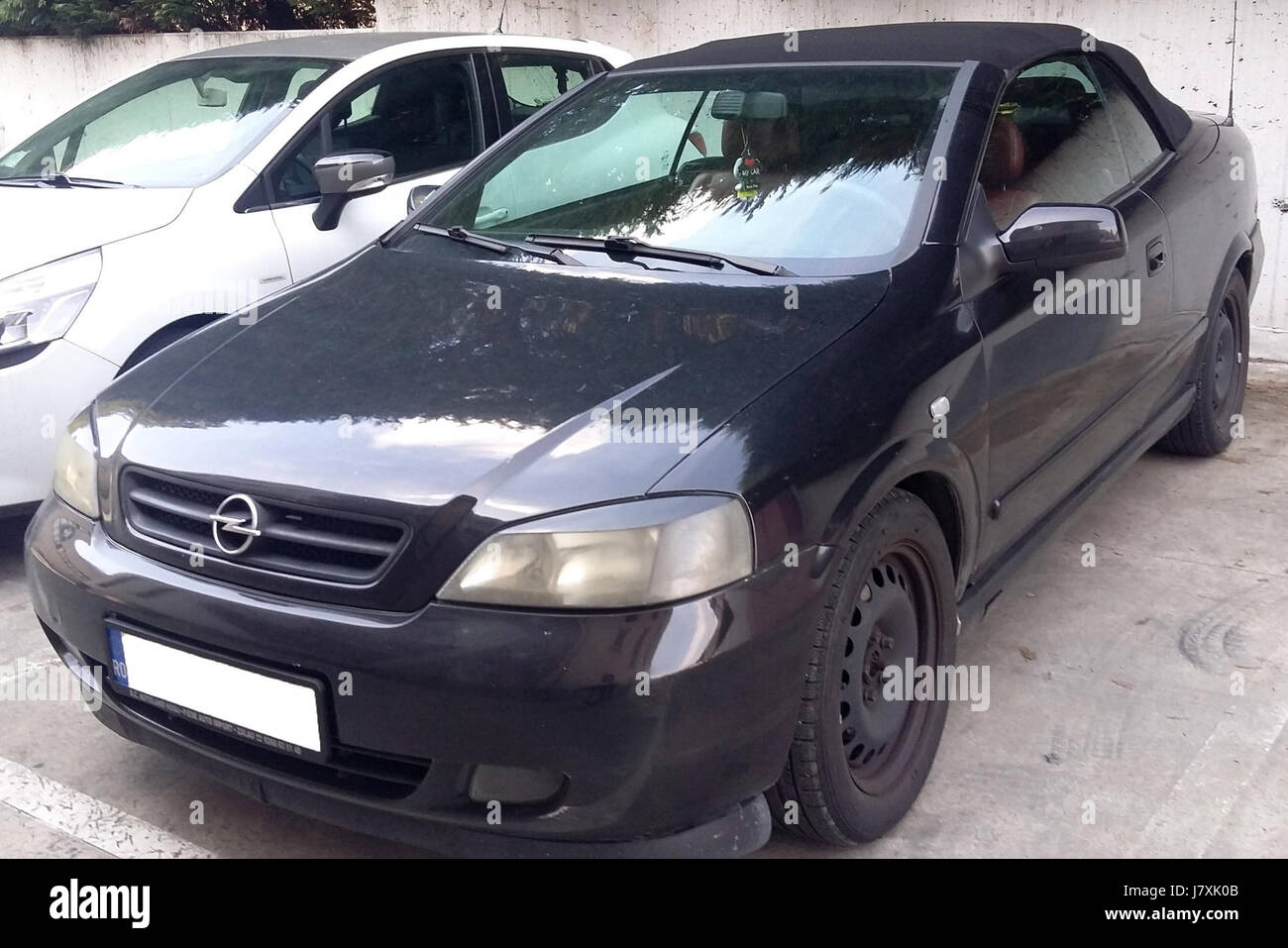 1998 2009 Opel Astra Cabrio - Stock Image