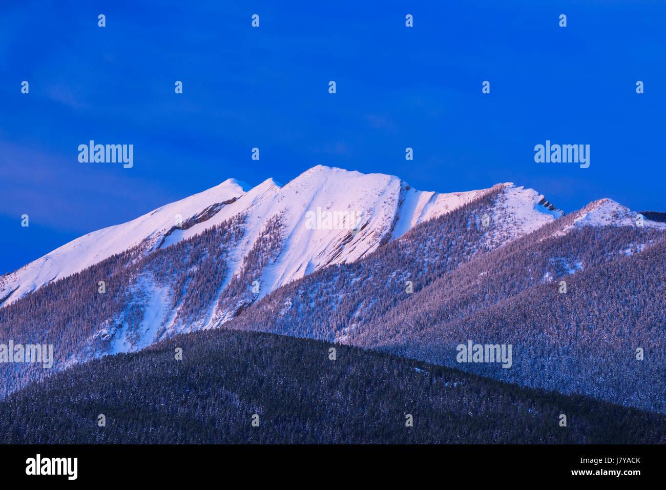 morning light on shell mountain in the absaroka range near livingston, montana - Stock Image