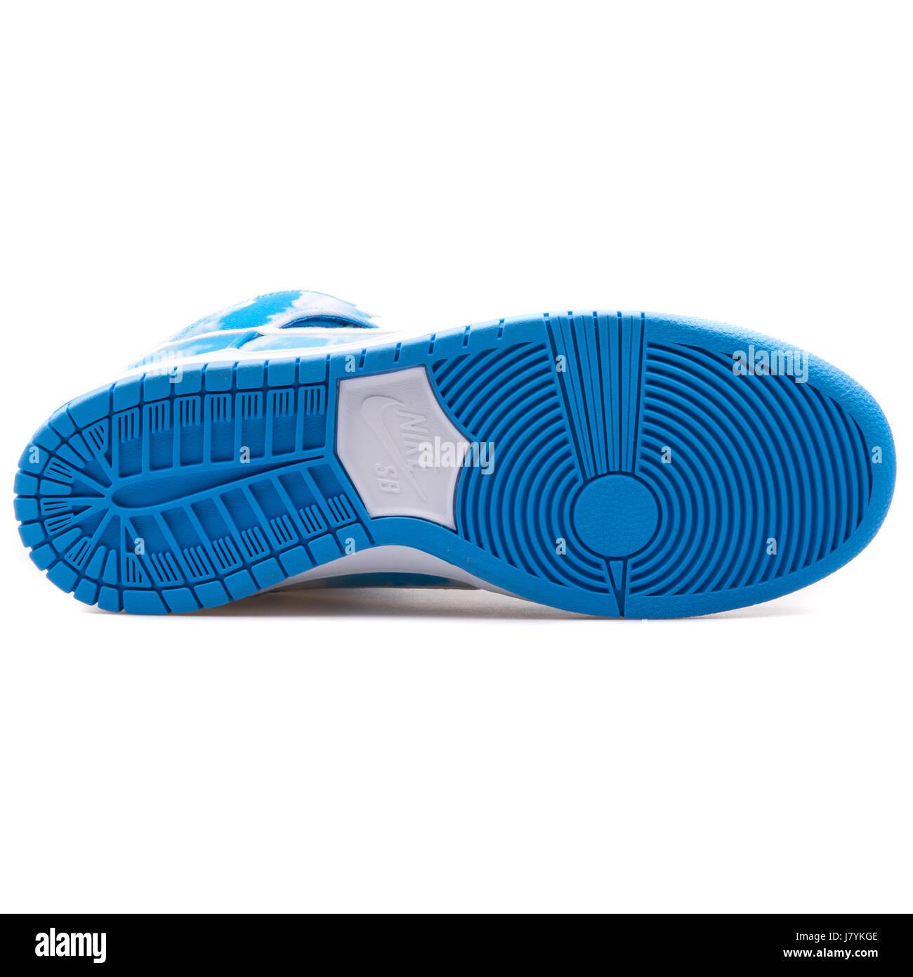 finest selection e4349 c62c5 Nike Dunk High Pro SB Clouds Blue Pattern - 305050-414 - Stock Image