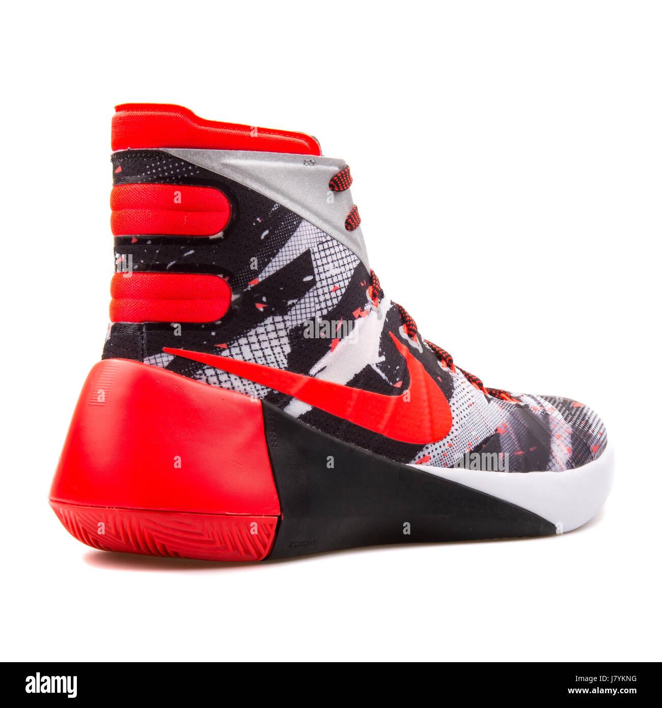 newest 4b1a9 01295 Nike Hyperdunk 2015 PRM Men s Basketball Sneakers - 749567-160