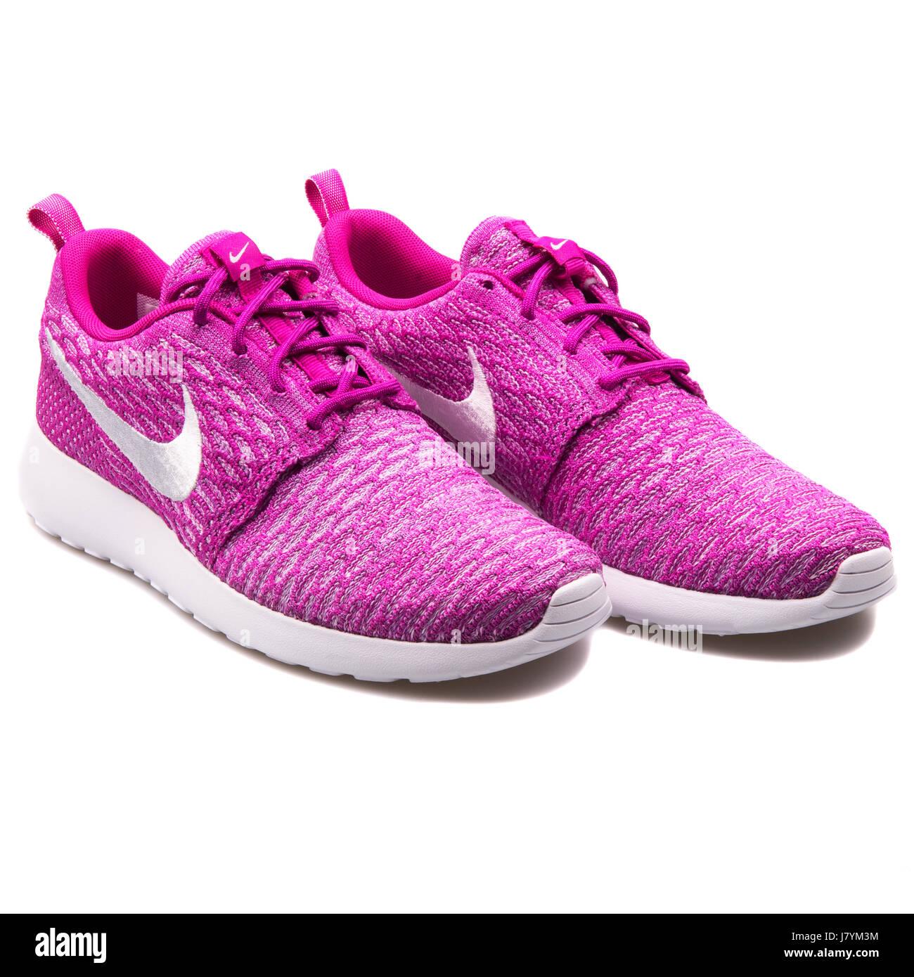 194bacf3bd4a Nike WMNS Rosherun Flyknit Women s Fuchsia Running Sneakers - 704927-500