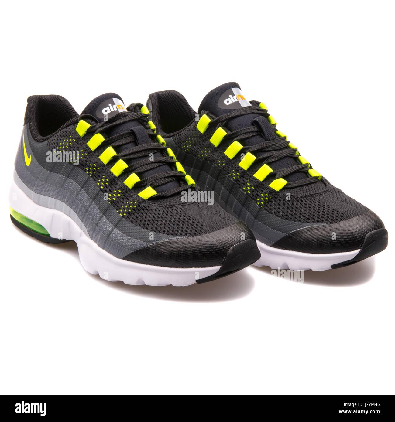 wholesale dealer 2f08d 758a2 Nike WMNS Air Max 95 Ultra Women's Running Grey Sneaker ...
