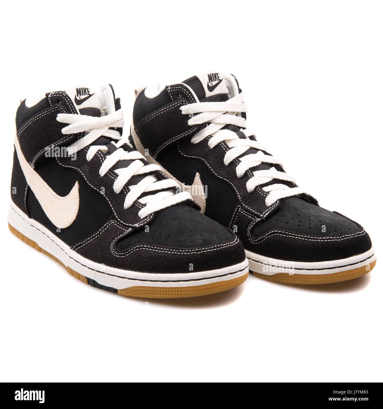 Nike Dunk CMFT Black Men's Basketball Sneakers - 705434-002 - Stock Image
