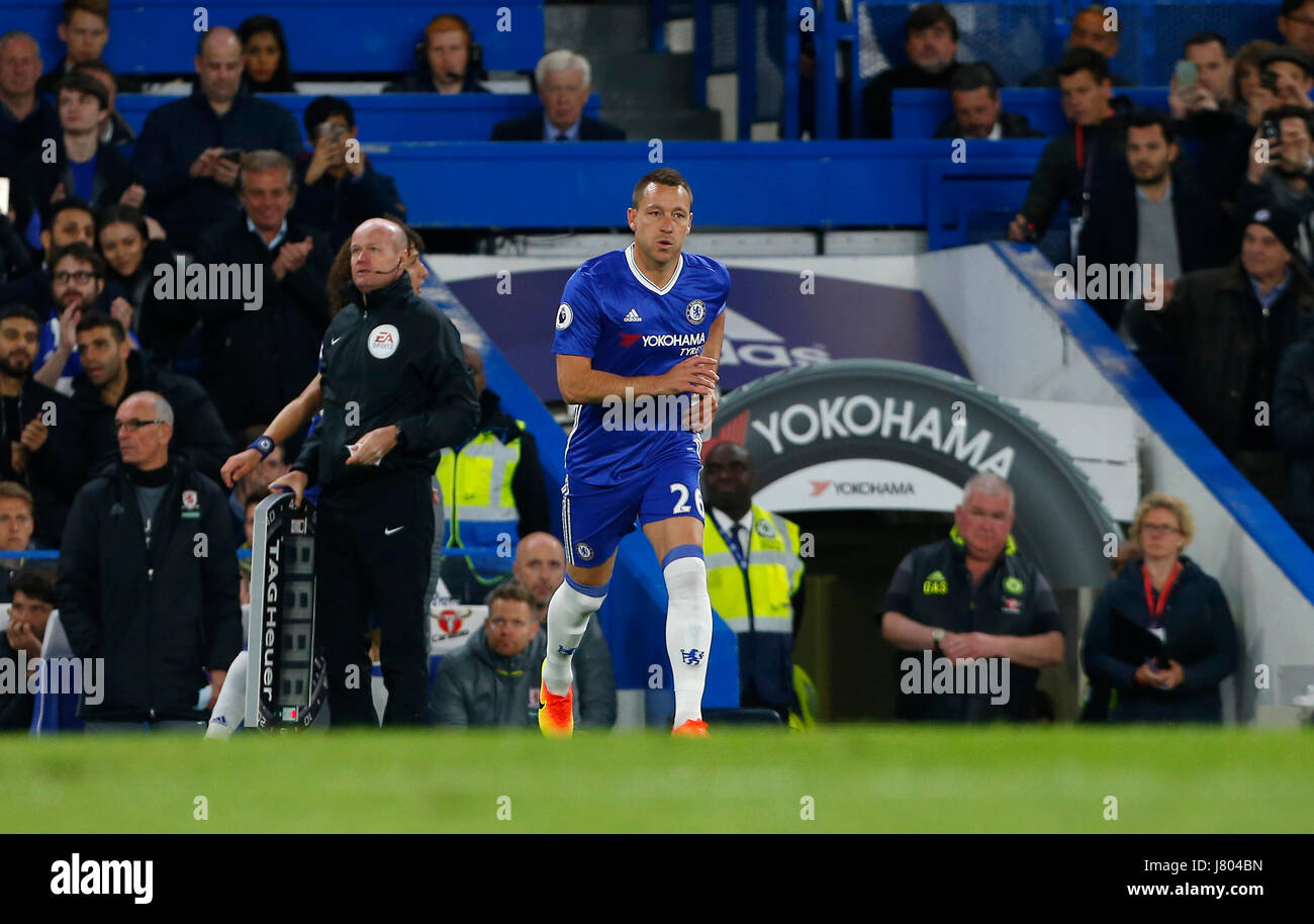 Chelsea's John Terry replaces David Luiz during the Premier League match between Chelsea and Middlesborough - Stock Image