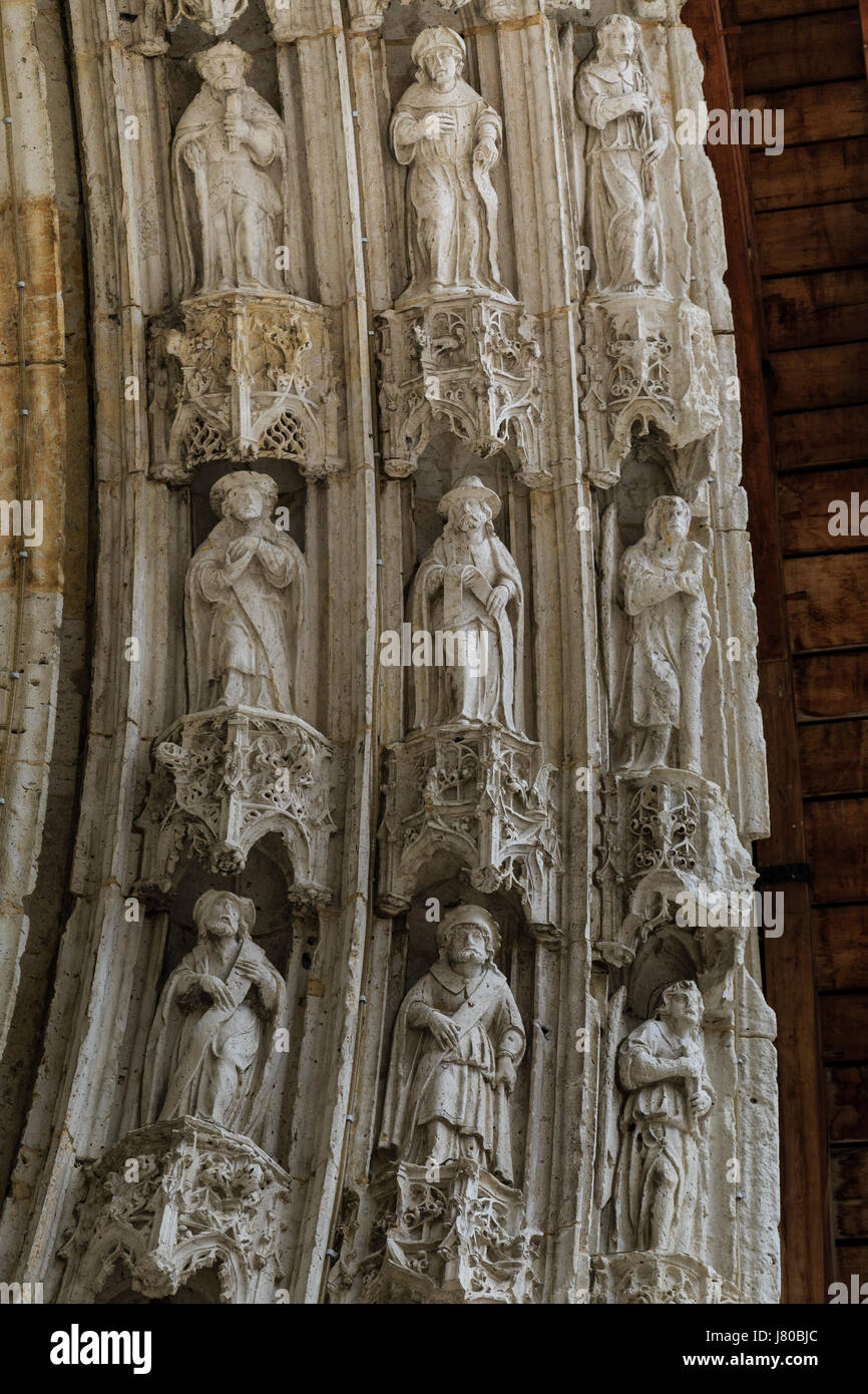 France, Gers,, condom, on the way to Saint Jacques de Compostela,, Saint Pierre cathedral, detail of the portal - Stock Image