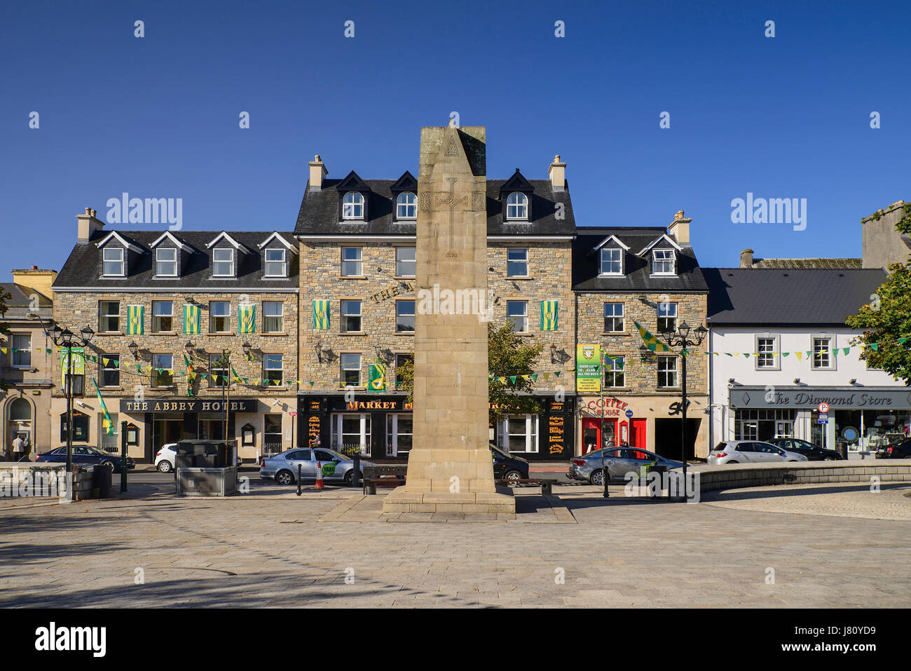 Ireland,County Donegal, Donegal Town, The Diamond with Obelisk which commemorates four monks called the Four Masters - Stock Image