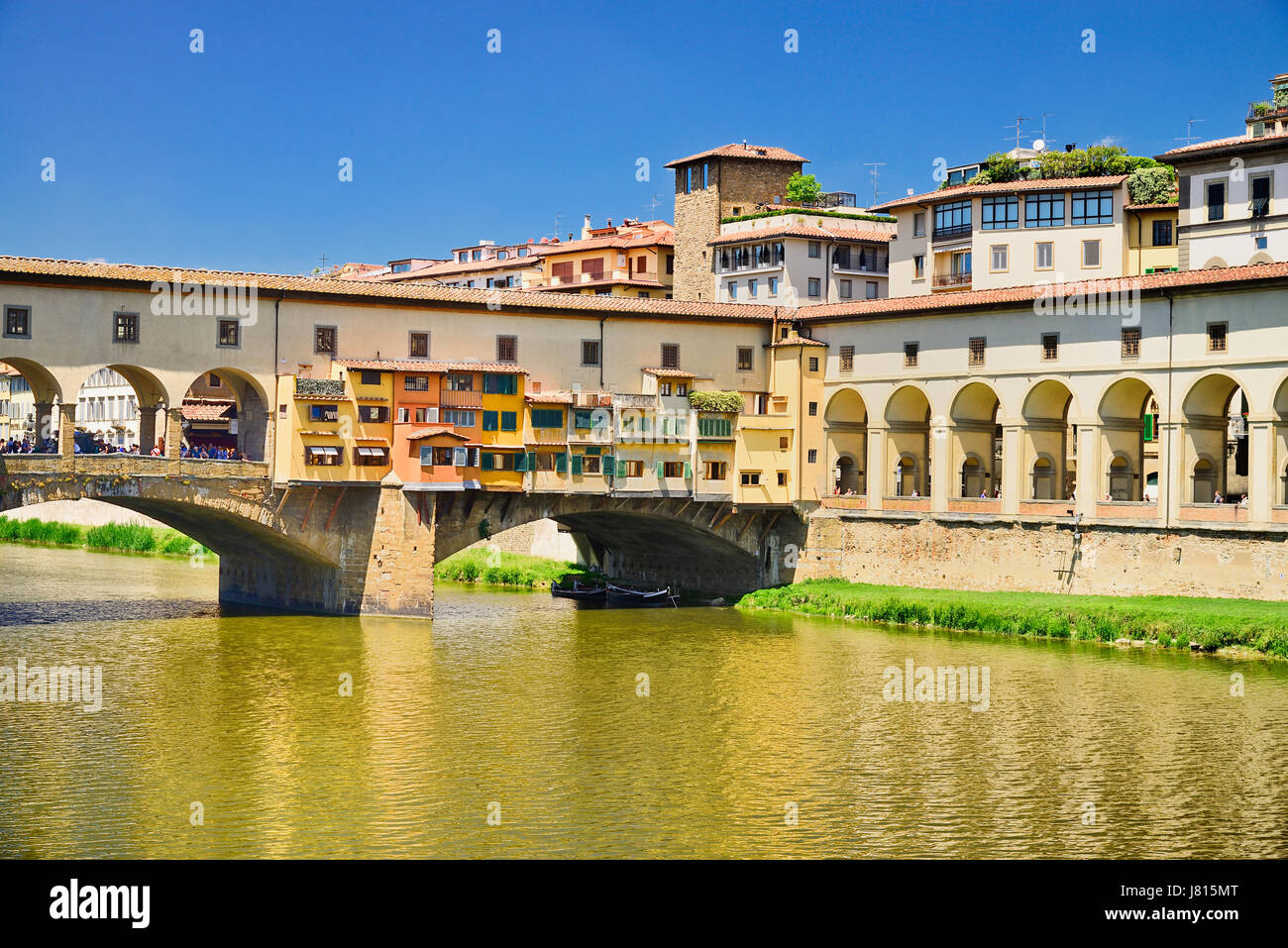 Italy, Tuscany, Florence, River Arno with Ponte Vecchio. - Stock Image