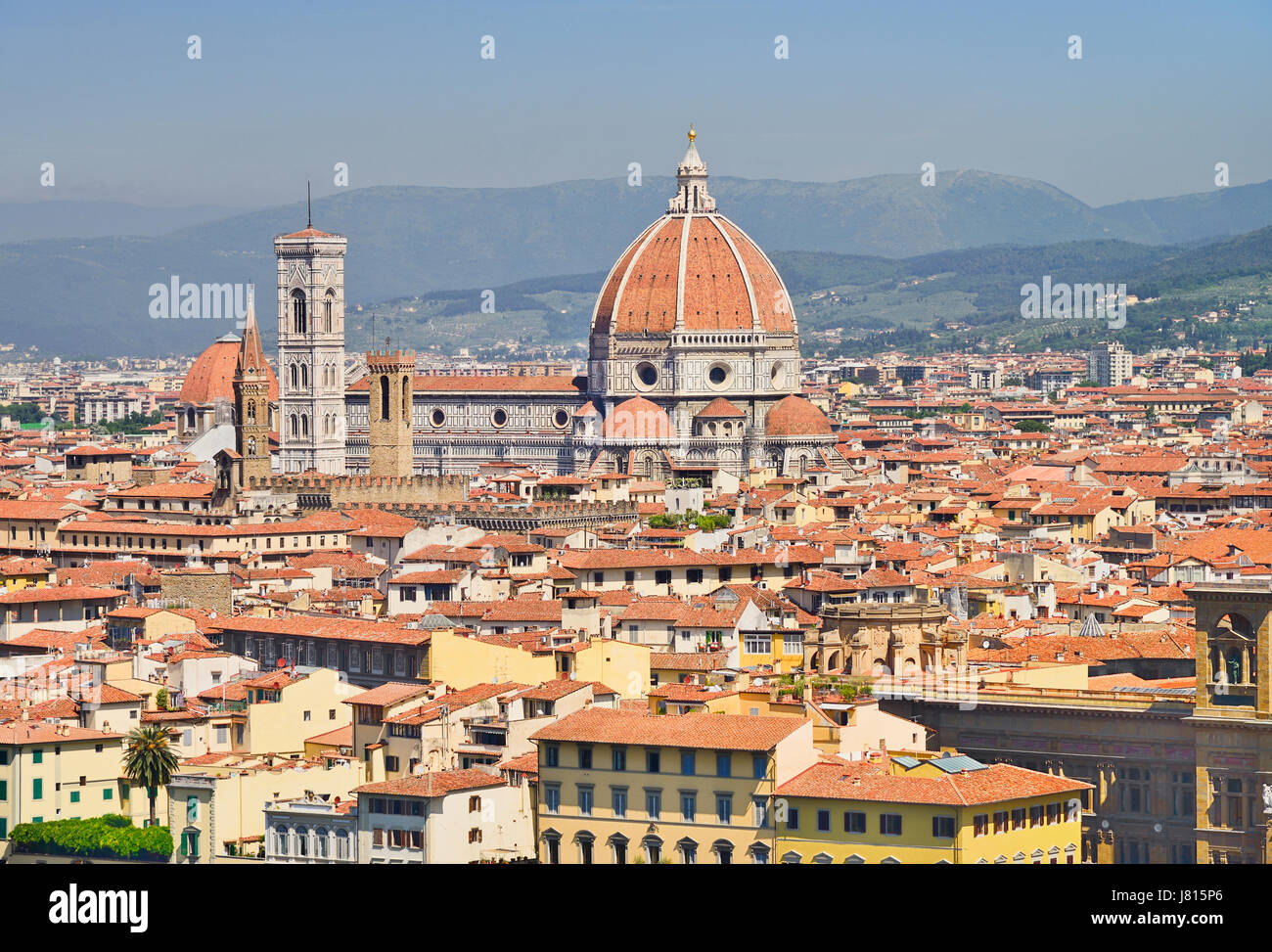 Italy, Tuscany, Florence, Vista of the city with the dome of the Cathedral seen from Piazzale Michelangelo. - Stock Image