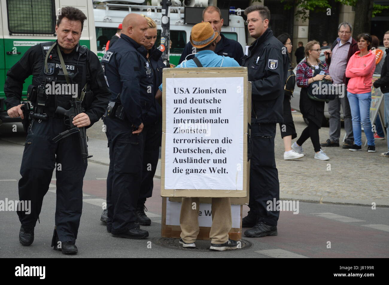 Berlin, Germany. 25th May, 2017. Anti-Zionist demonstrator at Unter den Linden in Berlin, Germany Credit: Markku - Stock Image