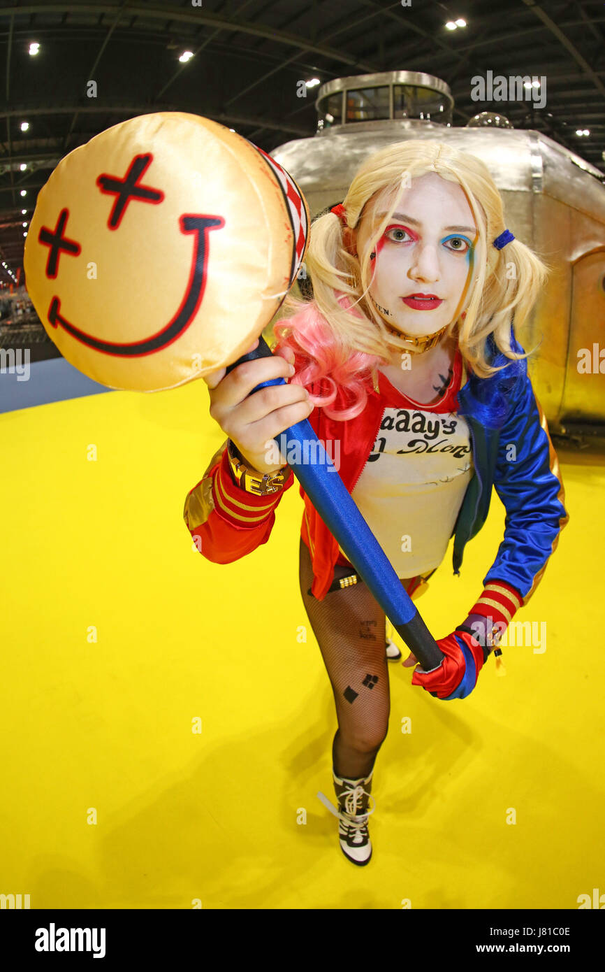 London, UK. 26th May 2017. Harley Quinn from Suicide Squad at the opening day of MCM Comic Con at Excel in London - Stock Image
