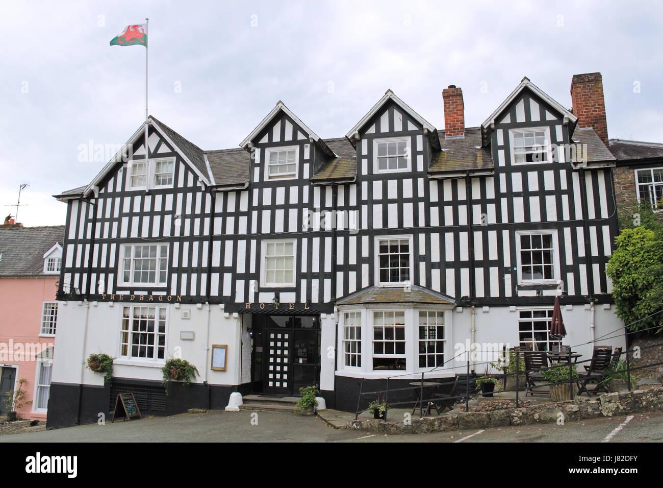 Dragon Hotel, Montgomery, Montgomeryshire, Powys, Wales, Great Britain, United Kingdom, UK, Europe - Stock Image