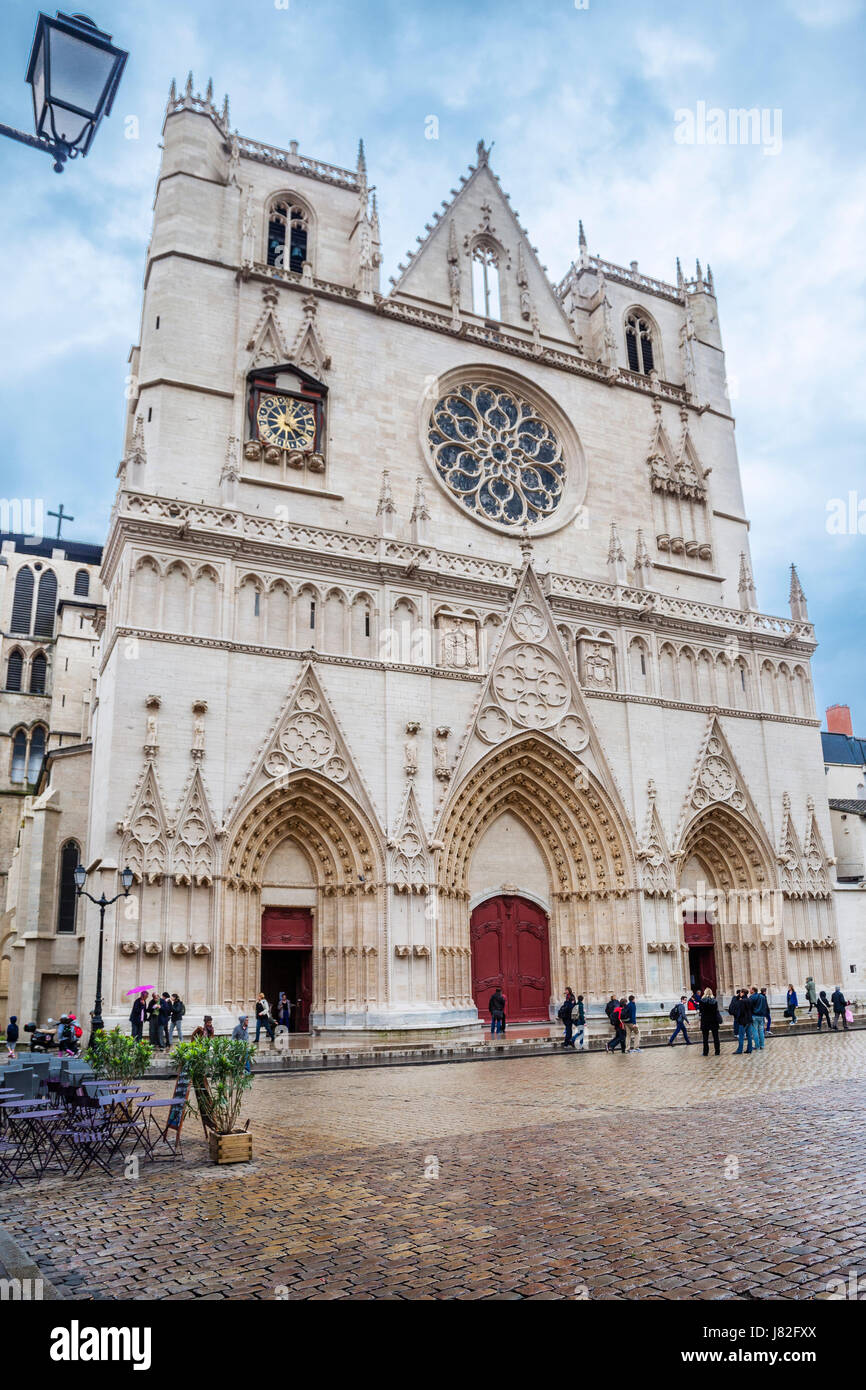 France, Lyon, front elevation of St. John the Baptist's Cathedral, Cathédrale Saint-Jean-Babtiste de Lyon - Stock Image