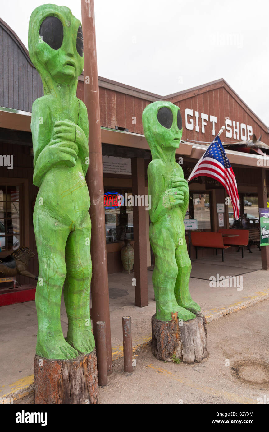 Whites City, New Mexico - Tourist gift shops line the entrance to Carlsbad Caverns National Park. - Stock Image