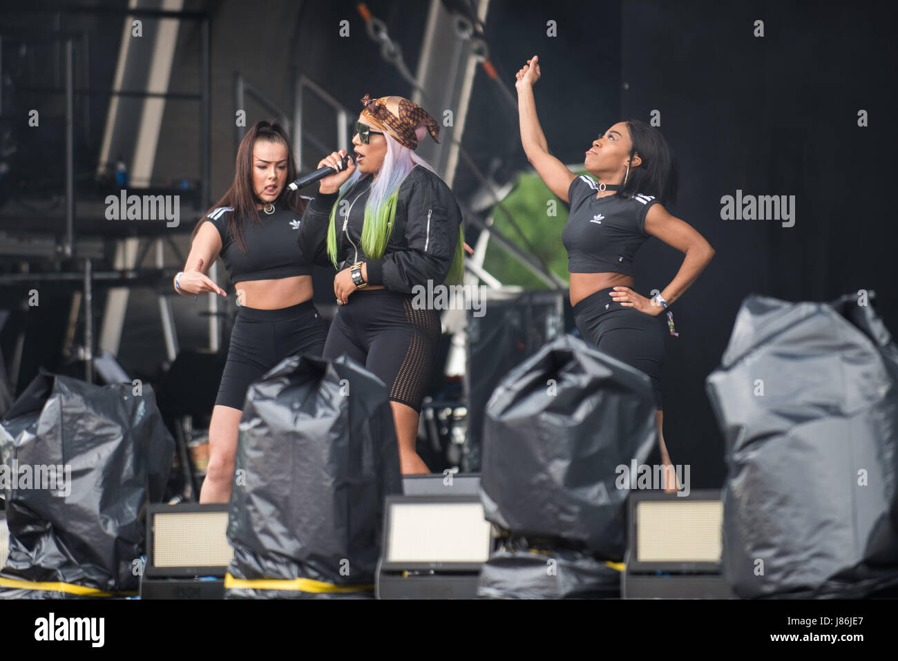 Southampton, Hampshire, UK. 27thth May, 2017. Stefflon Don performs on the main stage. Common People Music Festival returns in 2017 to Southampton Common where the Bestival team, along with curator, Rob Da Bank, have put together a fantastic lineup of acts. Event security remains tight after the recent terror attack in Manchester resulting in the UK terror threat level being escalated from 'Severe' to 'Critical'. Despite these anxieties, festival goers haven't been put off and are determined to enjoy the festivities, live music and sunshine. Credit: Will Bailey/Alamy Live News Stock Photo