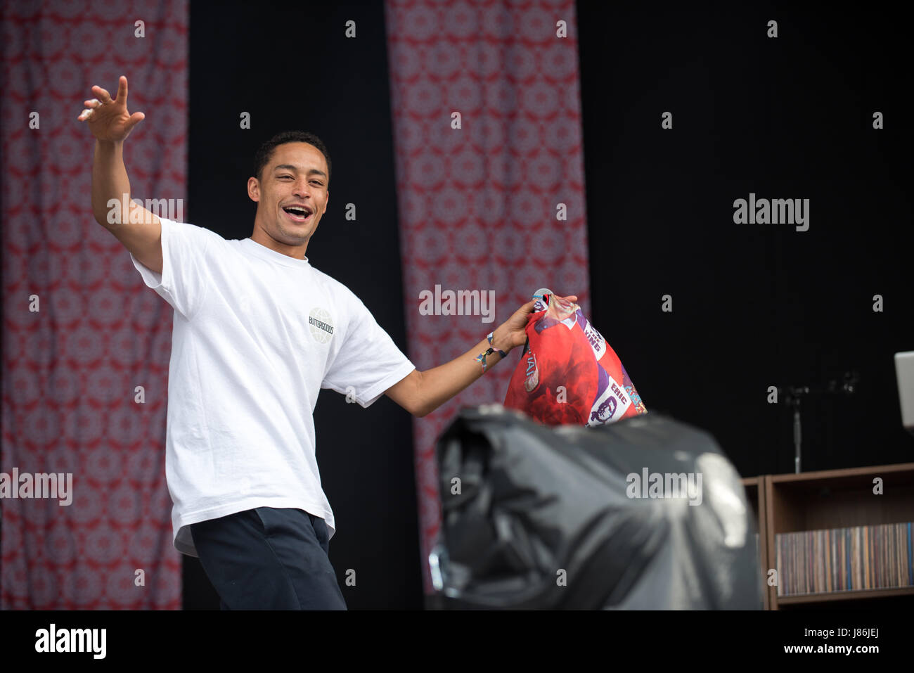 Southampton, Hampshire, UK. 27thth May, 2017. Loyle Carner performs on the main stage. Common People Music Festival returns in 2017 to Southampton Common where the Bestival team, along with curator, Rob Da Bank, have put together a fantastic lineup of acts. Event security remains tight after the recent terror attack in Manchester resulting in the UK terror threat level being escalated from 'Severe' to 'Critical'. Despite these anxieties, festival goers haven't been put off and are determined to enjoy the festivities, live music and sunshine. Credit: Will Bailey/Alamy Live News Stock Photo
