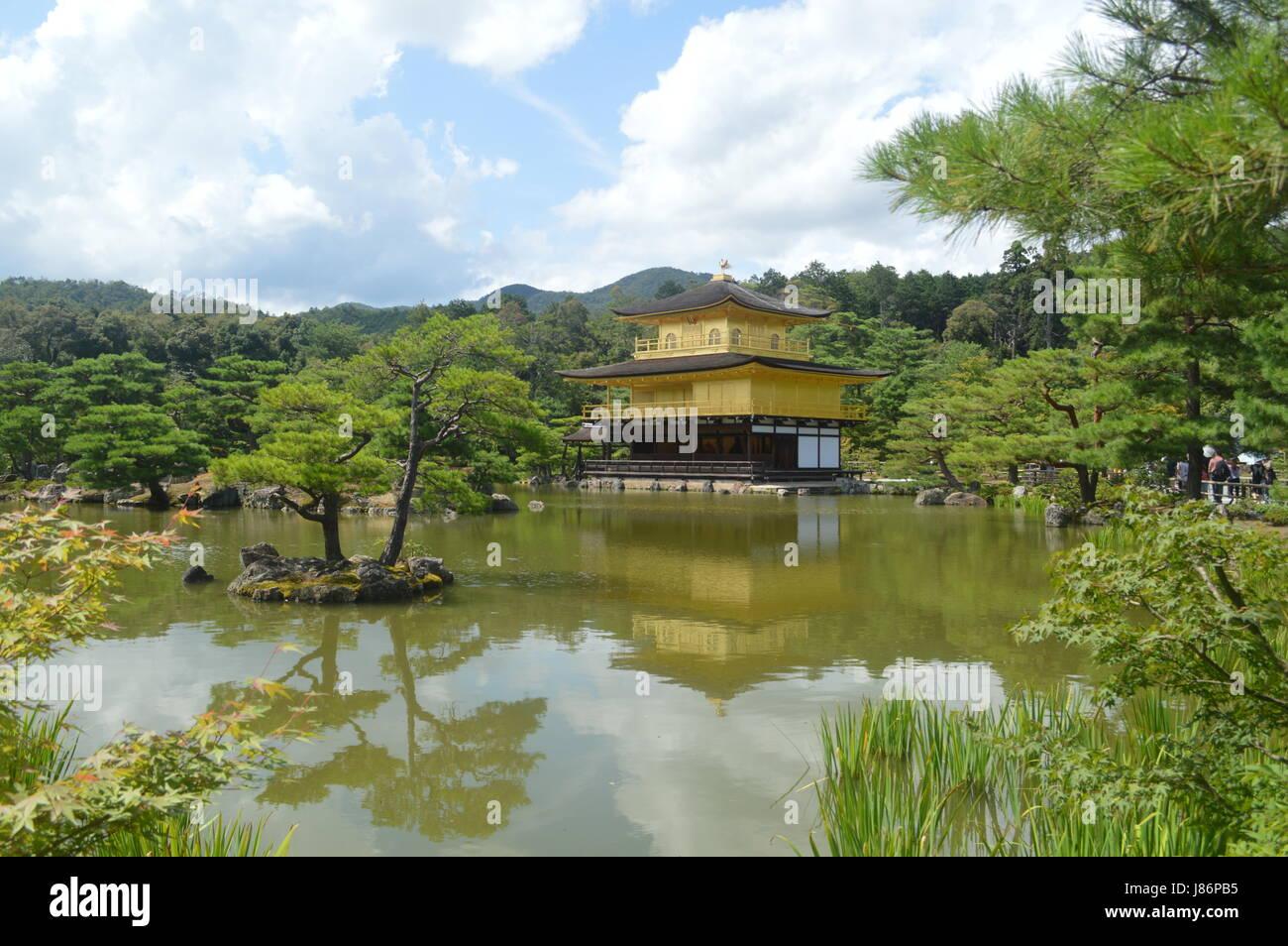 Kinkaku Ji at Kyoto in Japan - Pavillon d'or à Kyoto au Japon - Stock Image