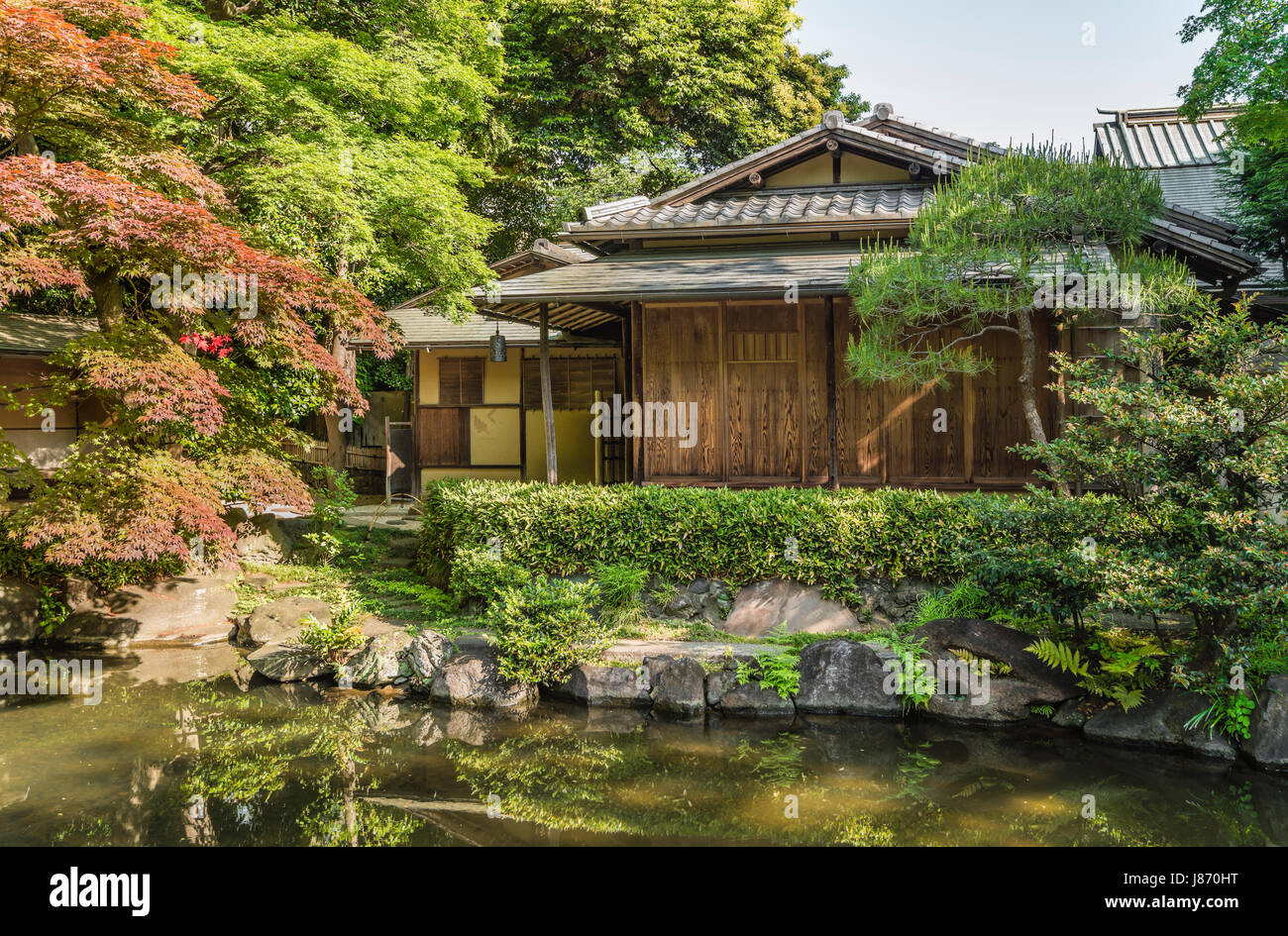Teahouse at Shinchi Teien or Sacred Pond Garden at Yasukuni Shrine ...