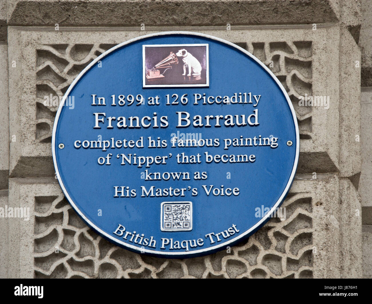 Blue Plaque commemorating Francis Barraud and 'Nipper' in Piccadilly - Stock Image