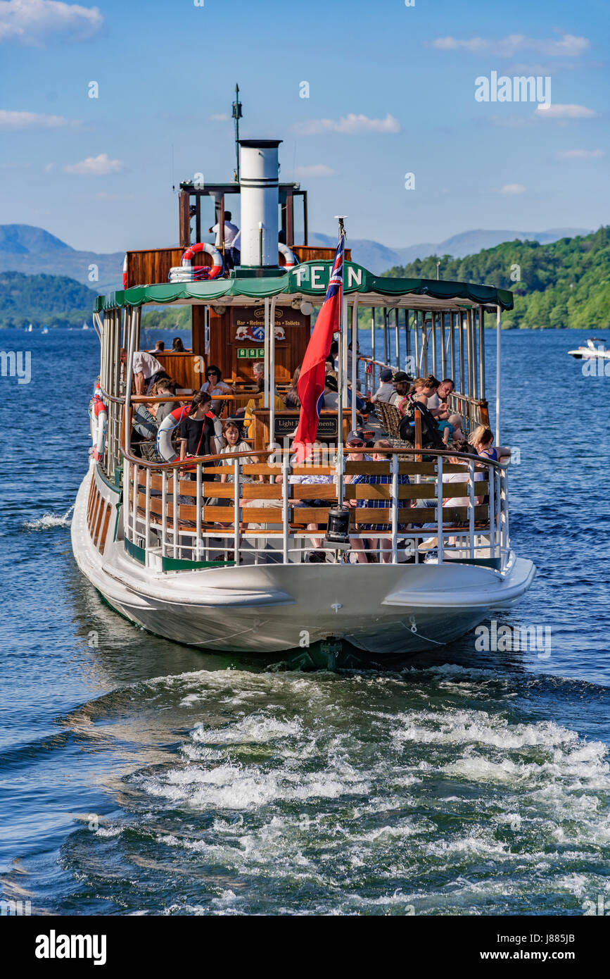 Lake district. Windermere steamer Tern - Stock Image