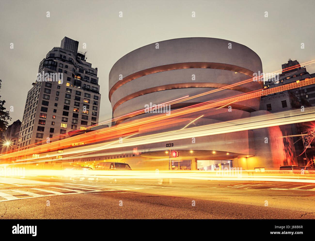 New York City, Guggenheim museum at night - Stock Image