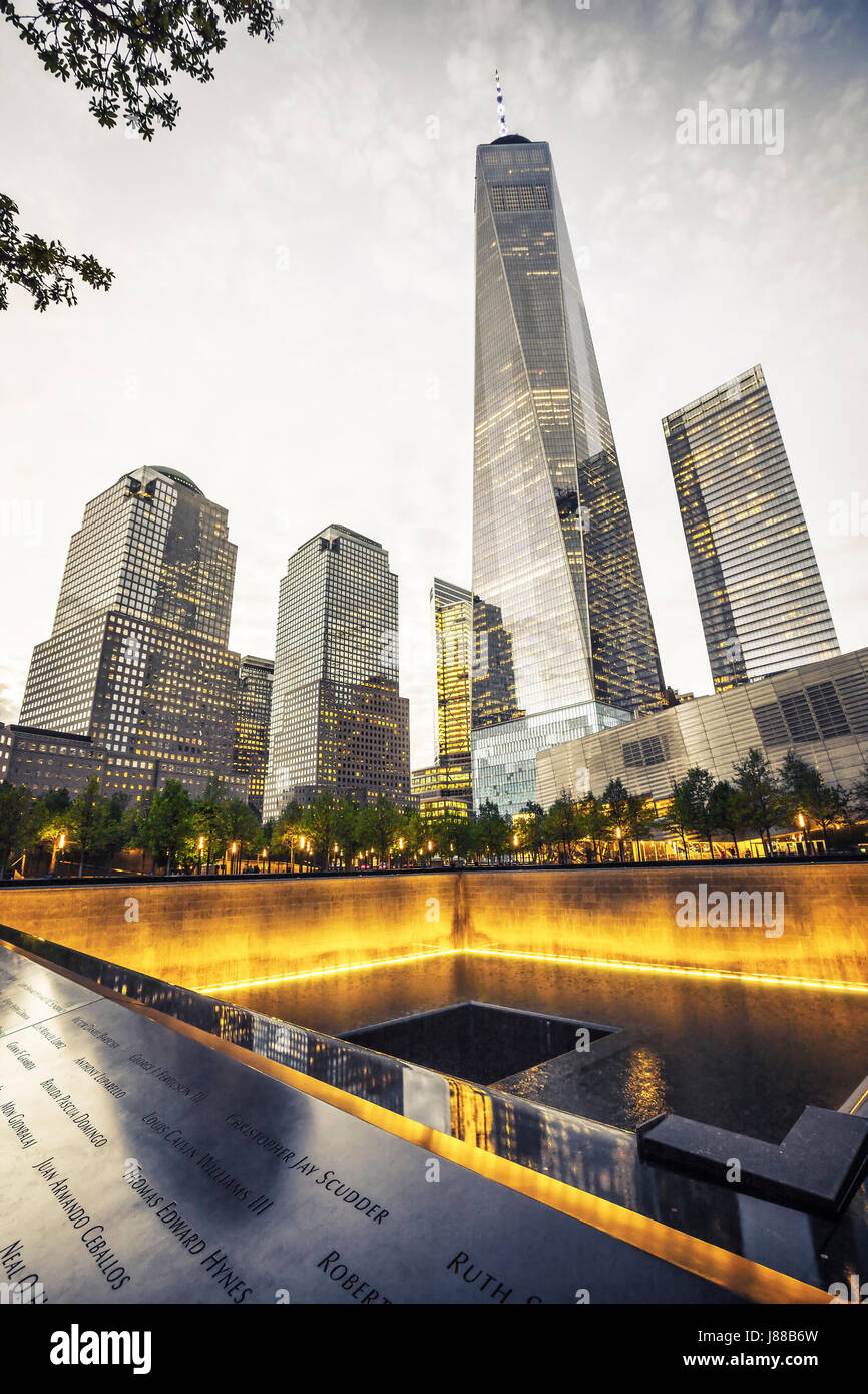 9/11 Memorial, The National September 11 Memorial & Museum, One World Trade Center at night, New York - Stock Image