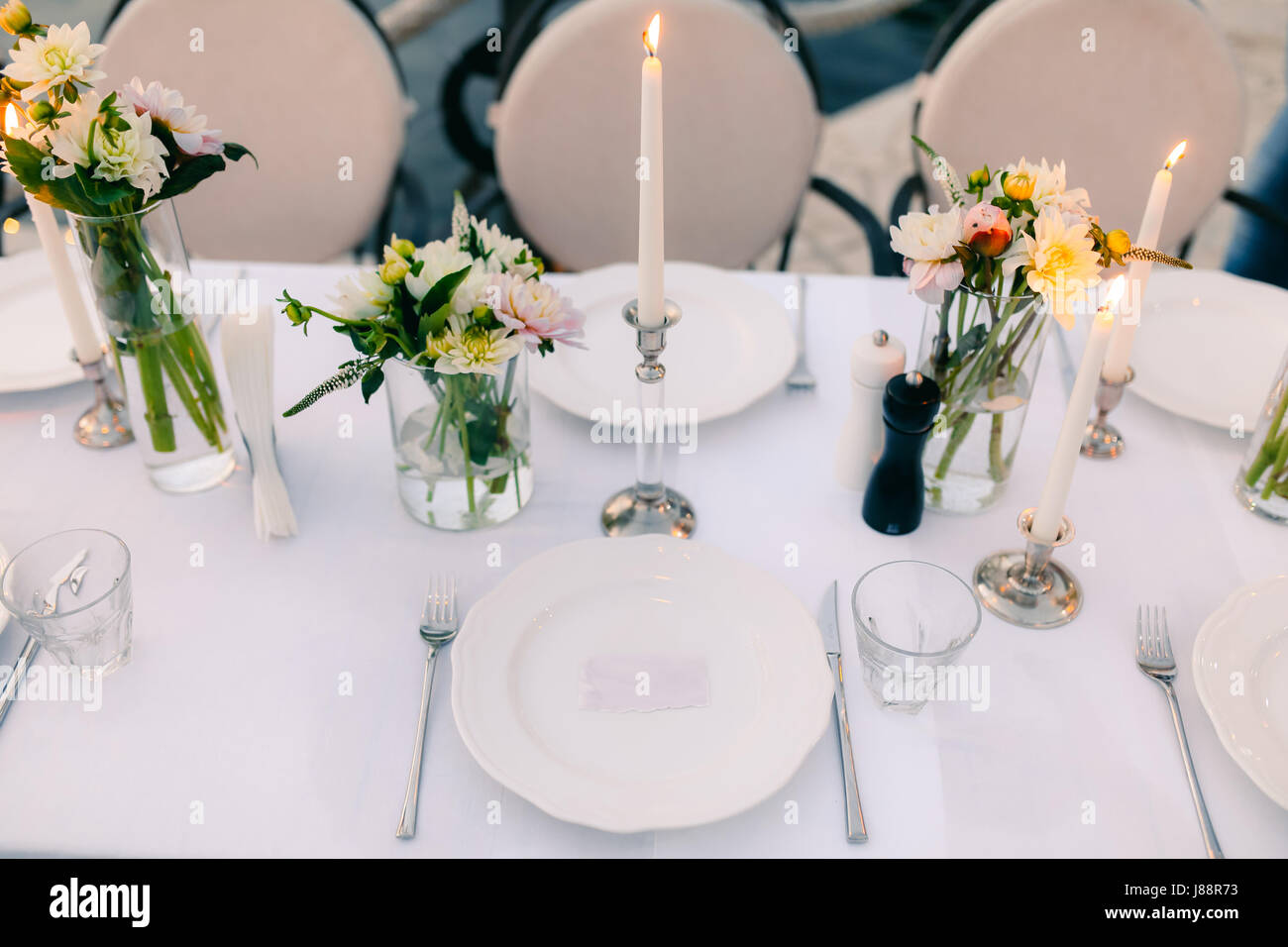 Plates At The Wedding Banquet Table Setting Wedding Decorations