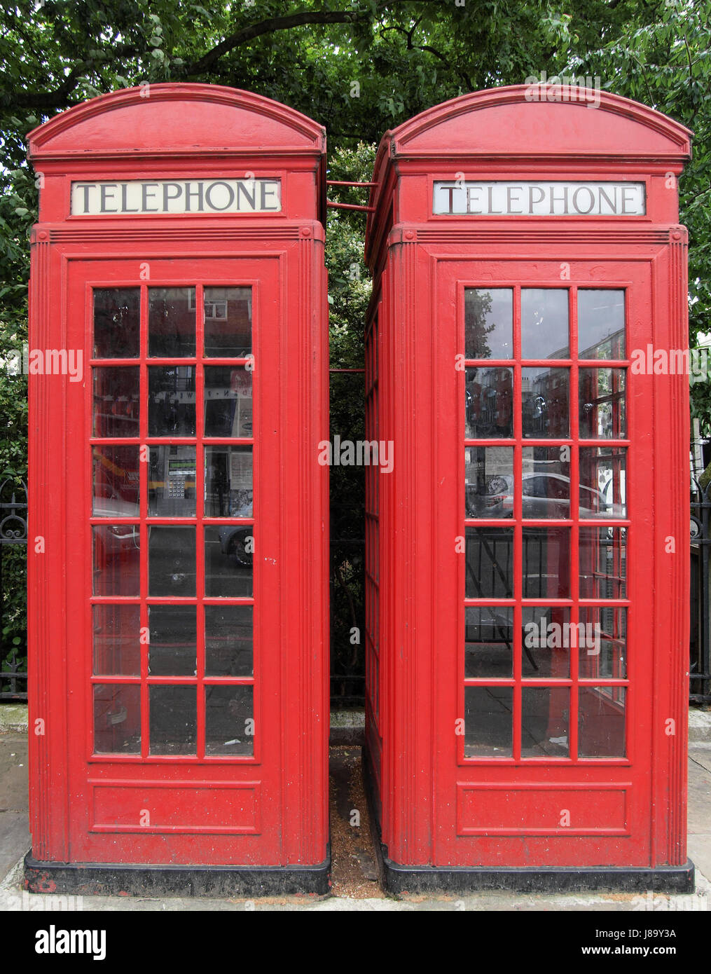 telephone, phone, city, town, london, traditional, box, boxes, landmark, red, - Stock Image