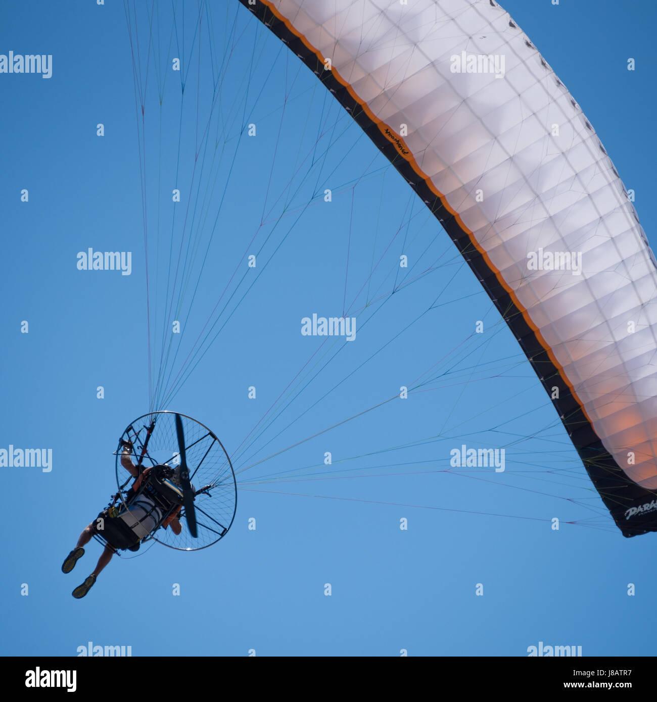 Paramotoring Stock Photos & Paramotoring Stock Images - Alamy