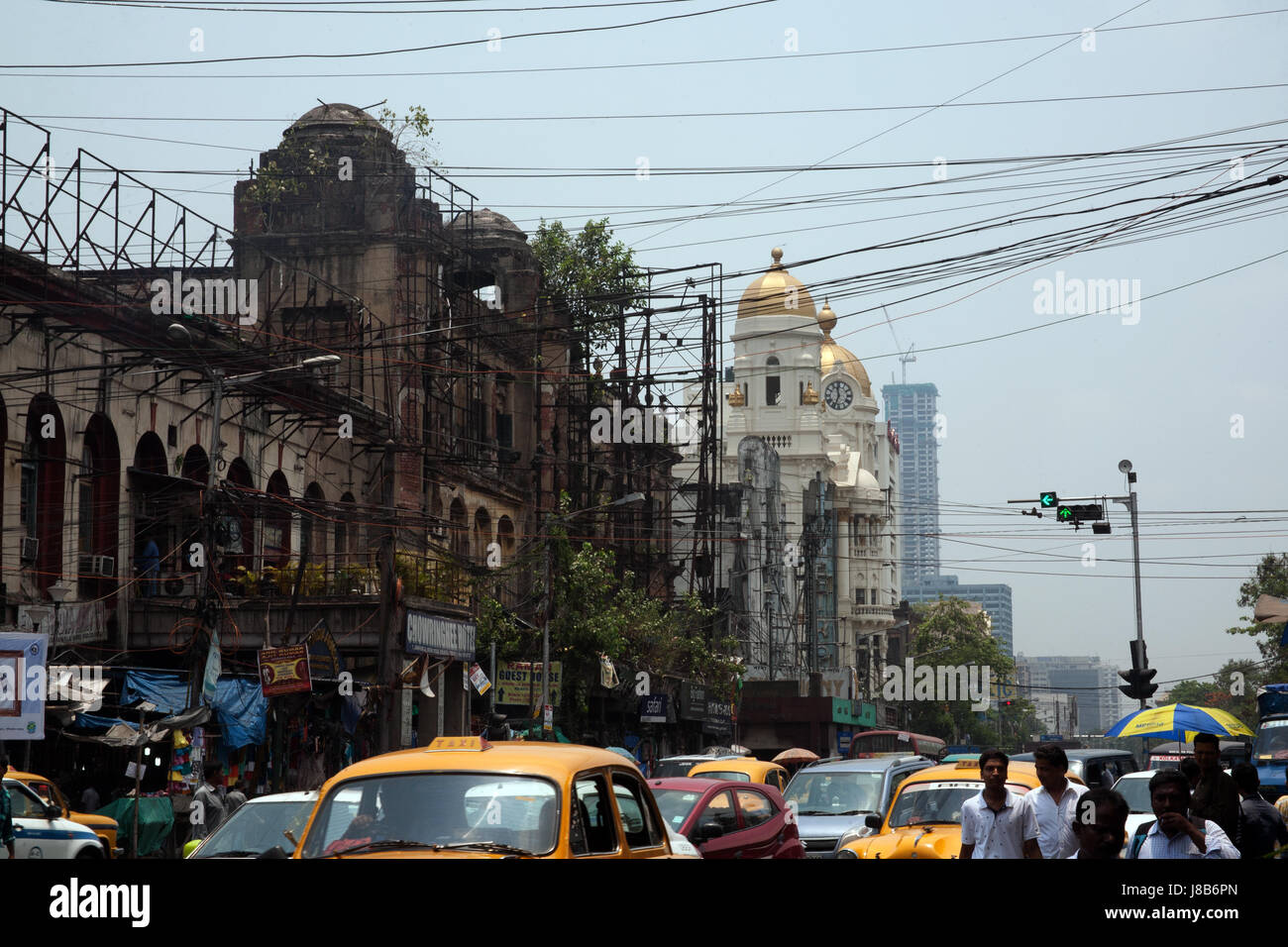 Chowringhee Road with the Metropolitan Building in the distance, Kolkata - Calcutta - West Bengal India Stock Photo