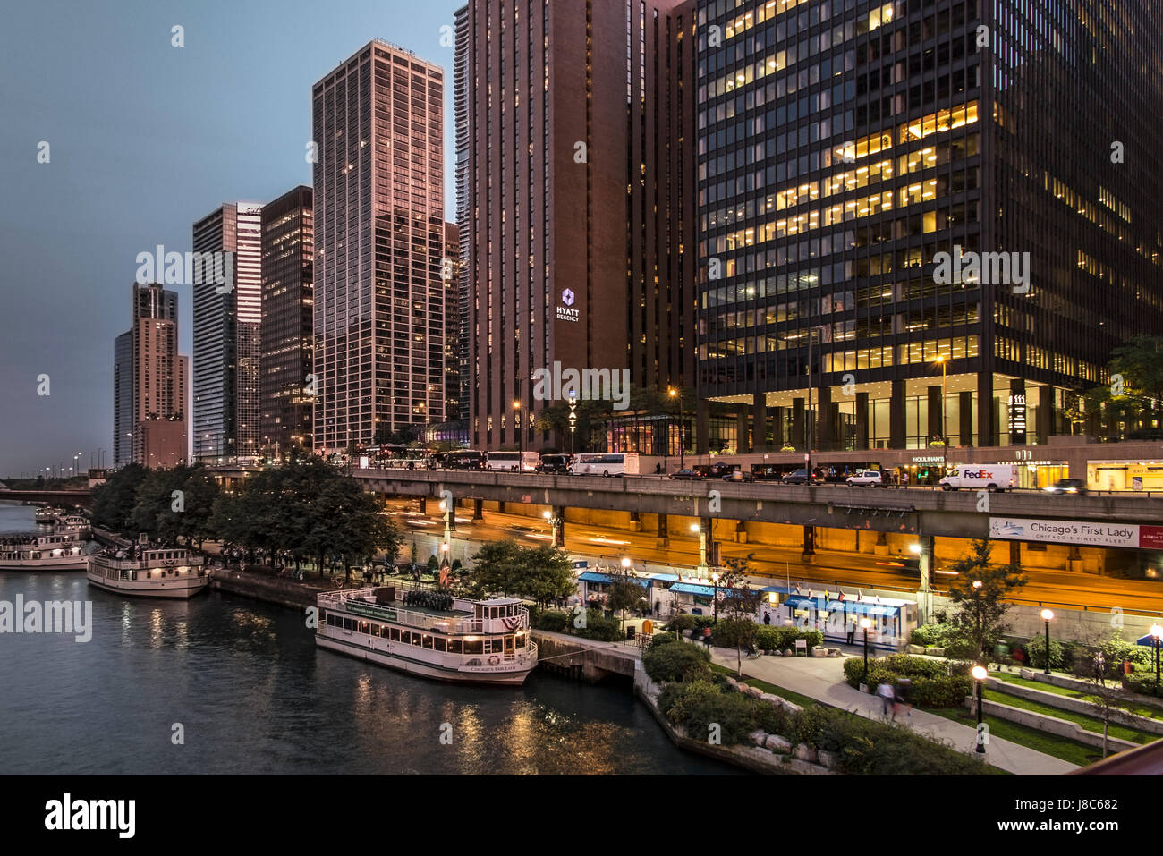 View of Chicago River late afternoon USA - Stock Image