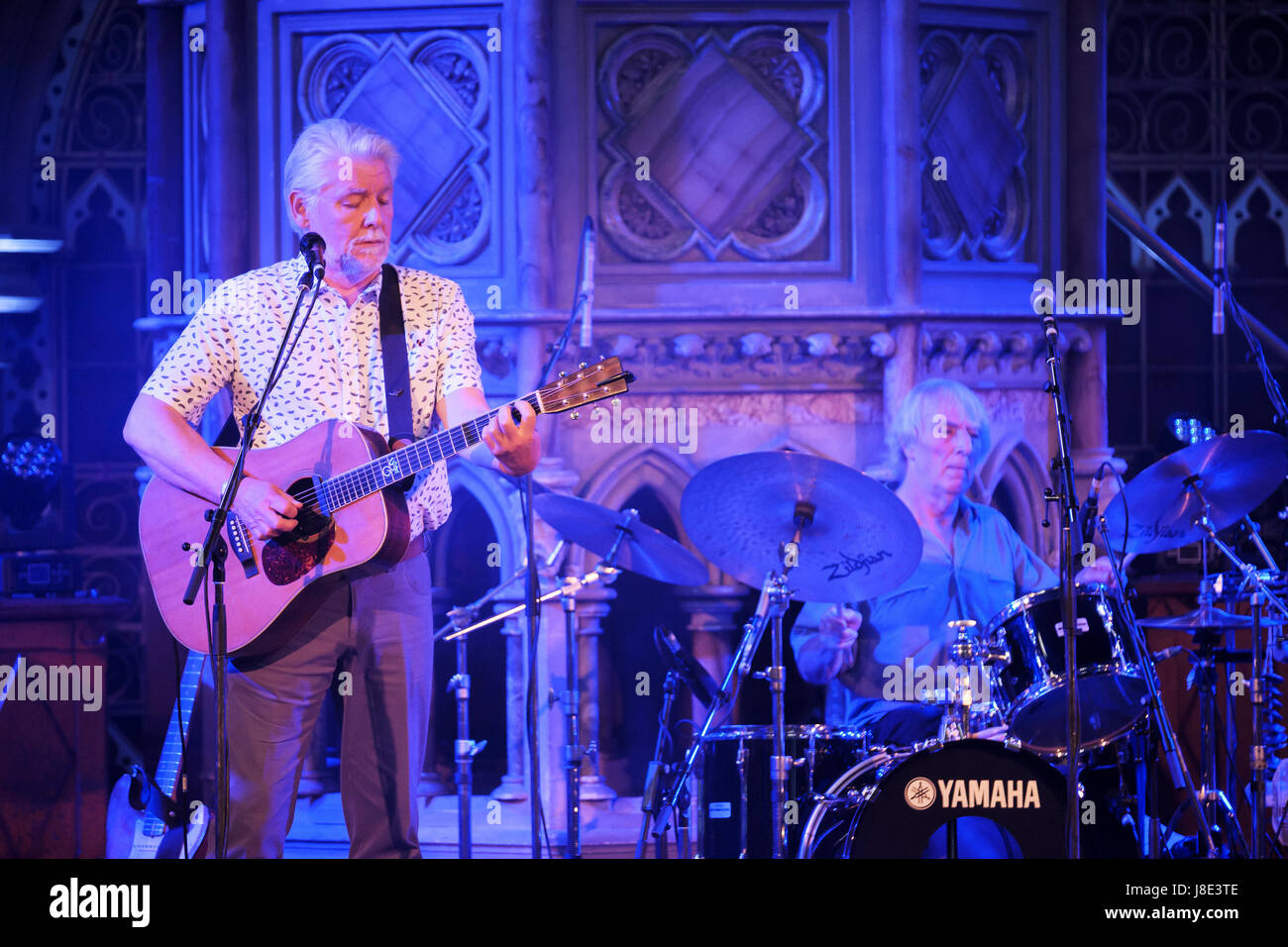 London, UK. 27th May, 2017. Fairport Convention (Simon Nicol; guitar: Gerry Conway; drums) perform at the Union - Stock Image