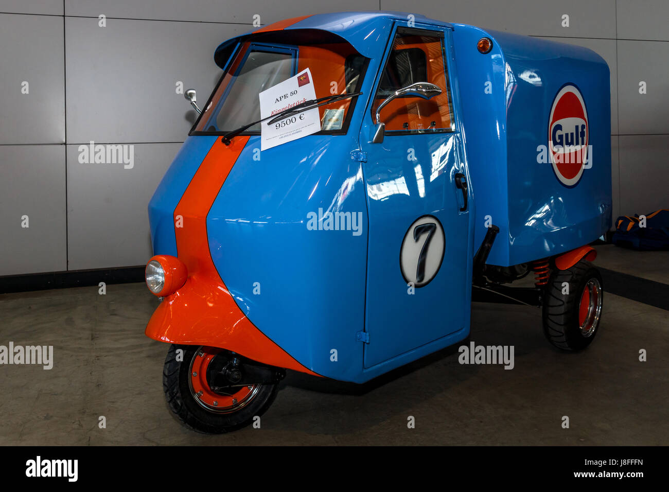 Piaggio Ape Auto High Resolution Stock Photography And Images Alamy