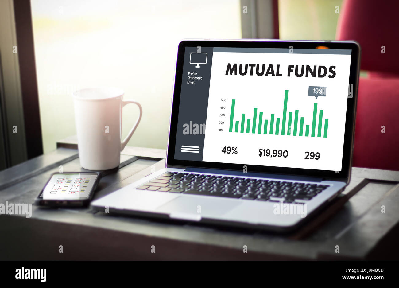 MUTUAL FUNDS Finance and Money concept , Focus on mutual fund investing - Stock Image