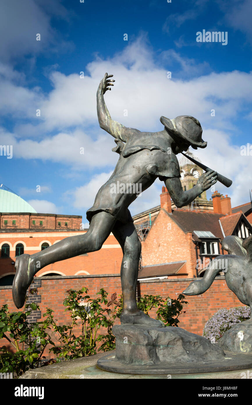 UK, England, Derbyshire, Derby, Albert Street, Sir Peter Hilton Memorial Gardens, 1926 Boy and Goose statue by Andrew - Stock Image
