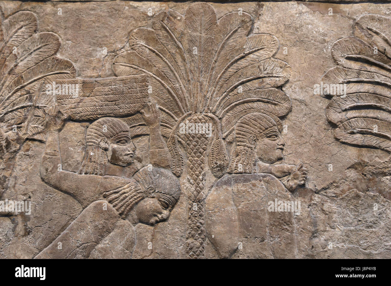 Campaigning in southern Iraq. Prisoners acompanied by their families. Assyrian, 640-620 BC. Nineveh, South-West - Stock Image