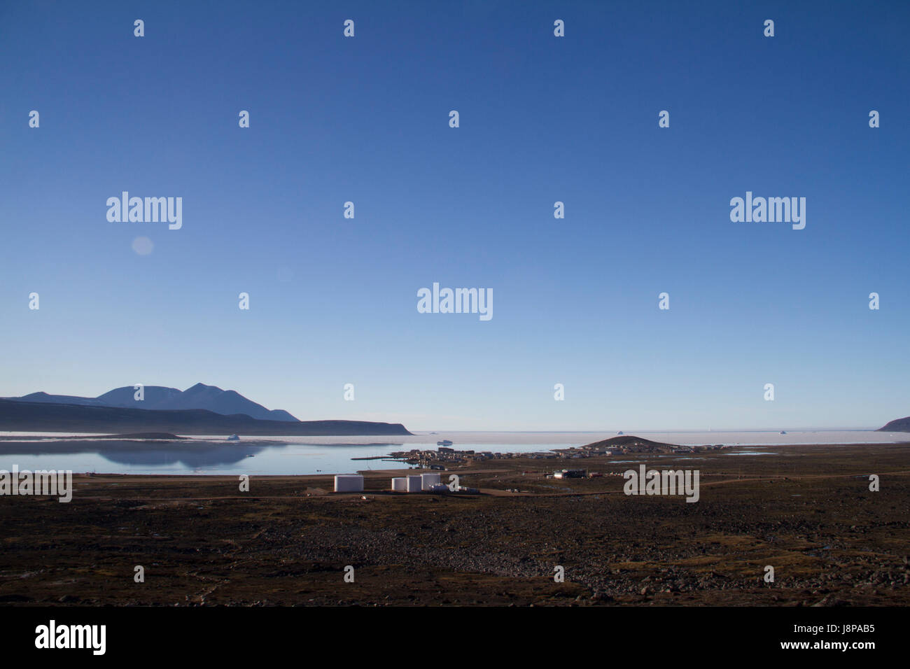 Evening view of Qikiqtarjauq, Broughton Island, Nunavut Canada - Stock Image