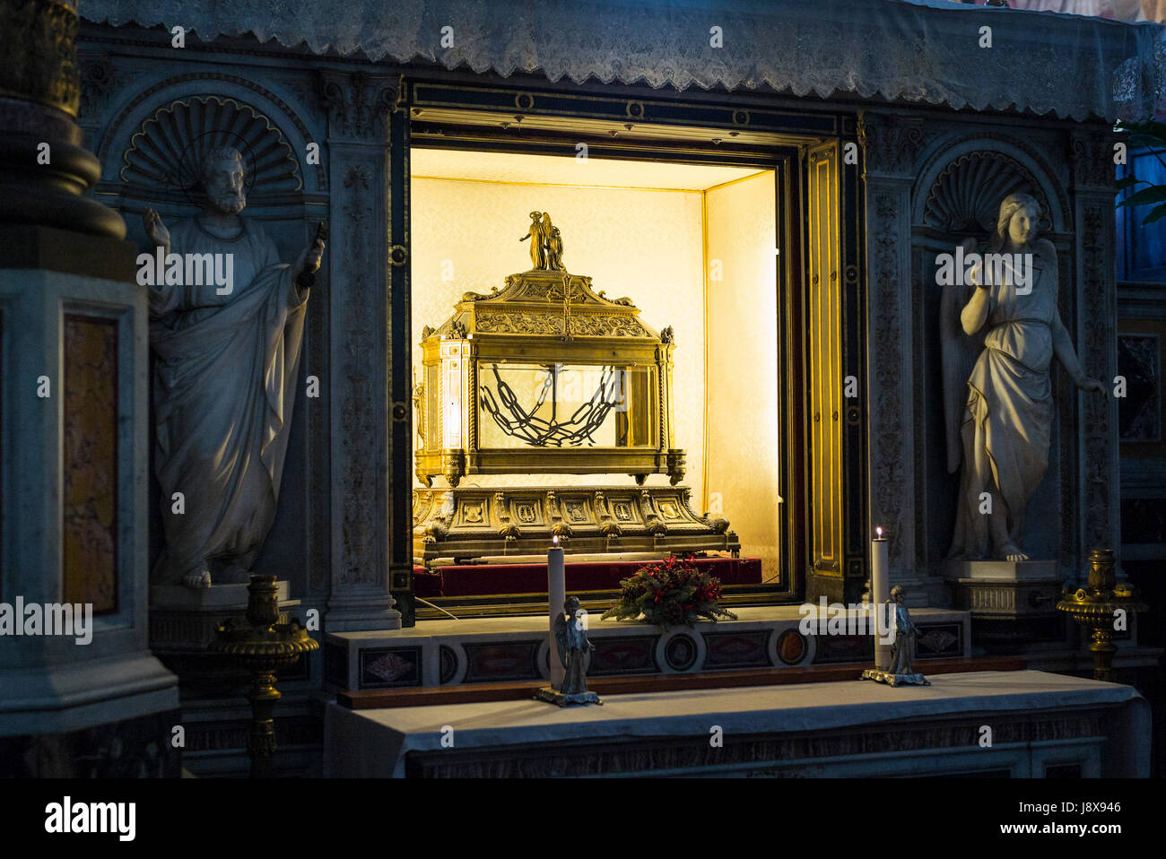 Rome. Italy. Basilica di San Pietro in Vincoli, reliquary containing the chains of St Peter. Stock Photo