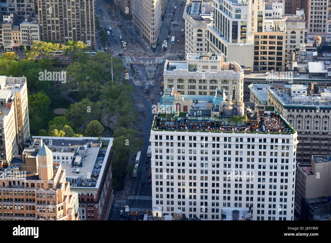 230 fifth rooftop bar on top of the victoria building with view of madison square park downtown manhattan New York - Stock Image