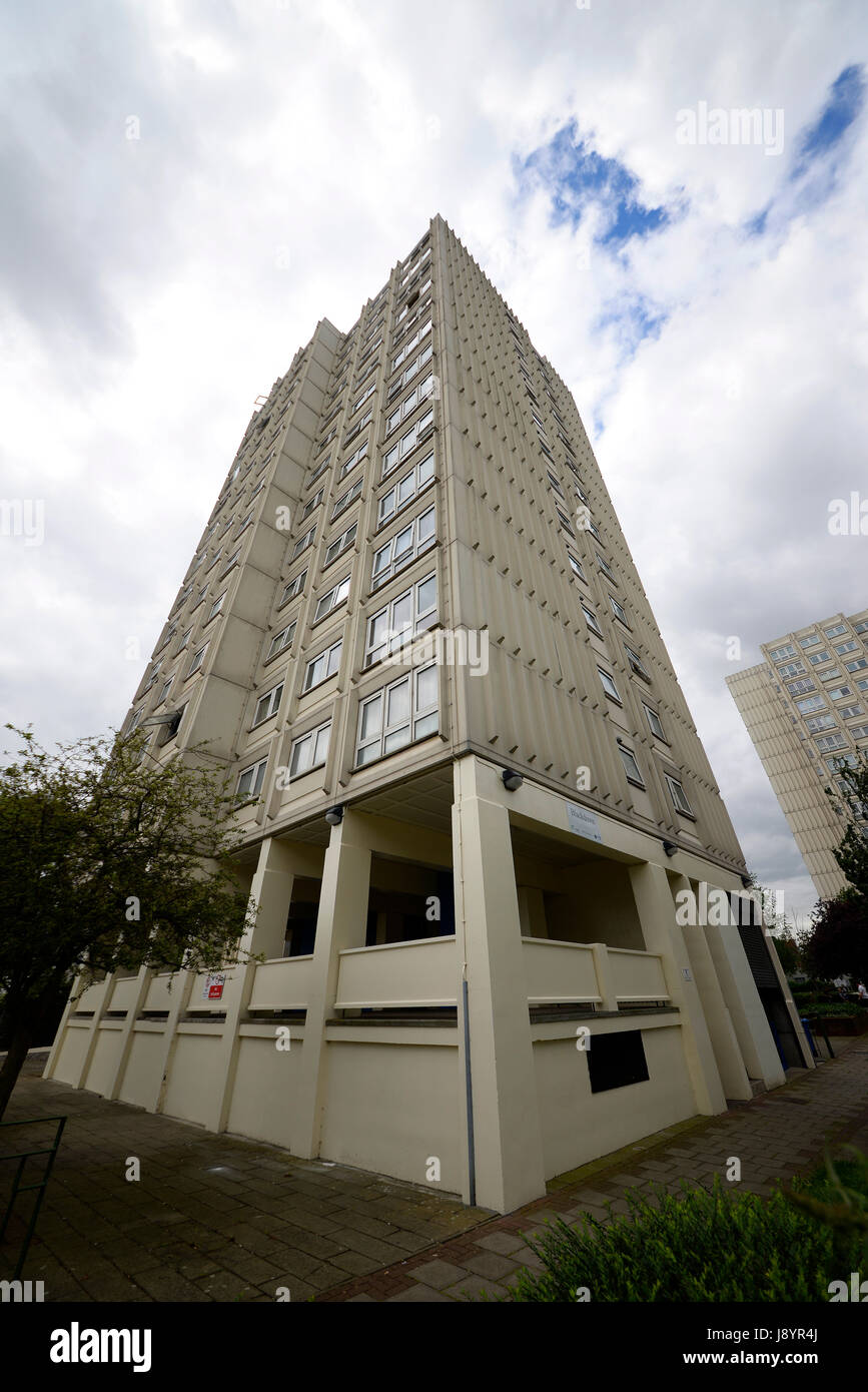 Blackdown flats in North Road, Westcliff on Sea, Essex. Managed by South Essex Homes for Southend Borough Council. - Stock Image