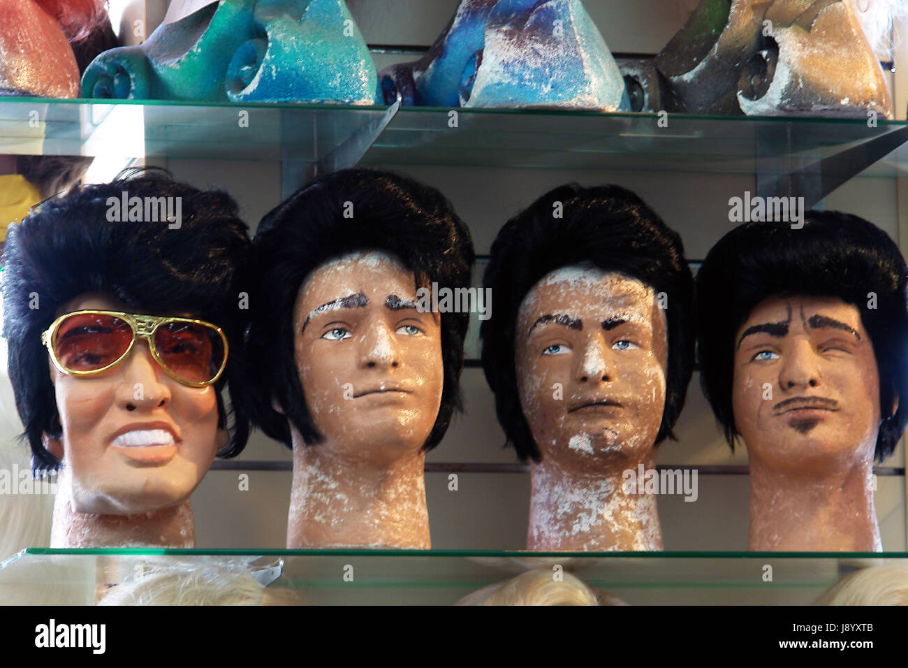 Wig Shop In Los Angeles Usa Stock Photo 143213963 Alamy