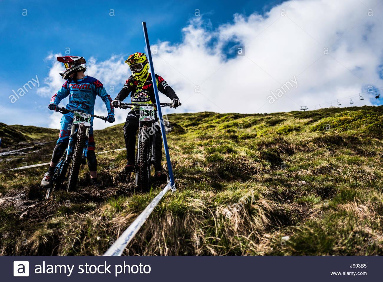 Glencoe, Scottish Highlands, UK. 27/28th May 2017. Downhill mountain bikers competing in the Scottish Downhill Association Stock Photo